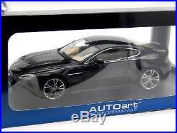 118 Scale Aston Martin V12 Vantage 2010 Black AutoArt Diecast Model Rare 70207