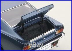 1985 Aston Martin V8 Vantage in Chichester Blue Car in 118 Scale AUTOart 70223