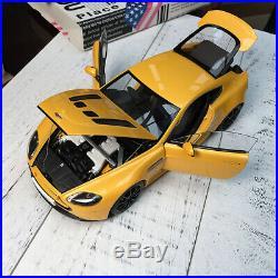 AUTOart 118 Scale Aston Martin V12 VANTAGE S 2015 Yellow Car Model Collections