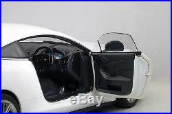 AUTOart 70250 Aston Martin Vanquish, Glossy White 118TH Scale