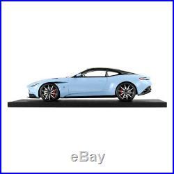 Aston Martin 118 Scale Collectors Model DB11 #27000367