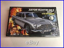 Aston Martin DB 5 007 Goldfinger Model Kit from Doyusha 124 scale (SEALED)