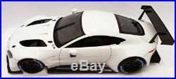 AutoArt 1/18 Scale 81806 Aston Martin Vanatage GTE LM Pro 2018 White
