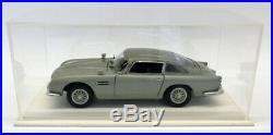 Autoart 1/18 Scale 70020 Aston Martin DB5 007 James Bond Goldfinger + Case