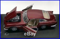 Autoart 1/18 Scale Model Car 70026 Aston Martin DB5 LHD Metallic Red