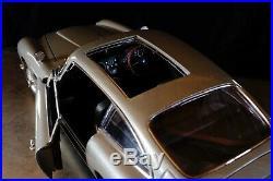 Autoart 70021 Aston Martin DB5 WithWeapons James Bond 007 Goldfinger 118 scale