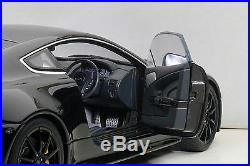 Autoart 70253 Aston Martin V12 Vantage S 2015, Jet Black 118th Scale
