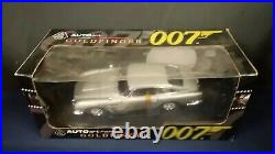 Autoart James Bond Goldfinger Aston Martin 1/18 Scale NIB