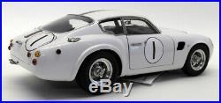 CMC 1/18 Scale Diecast M-139 Aston Martin DB4 GT Zagato Le Mans 1961 #1