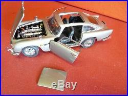 Danbury/Franklin Mint James Bond 007 1964 Aston Martin, 124 Scale, Unboxed
