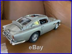 Danbury Mint 1/24th Scale James Bond 007 Aston Martin DB5 EXCELLENT