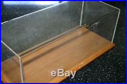 Danbury Mint Plinth And Cover Only 112 Scale