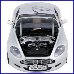 Daniel Craig Autographed Aston Martin DB9 Casino Royale 118 Scale Die-Cast Car