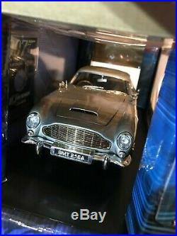 JAMES BOND GOLDFINGER 1965 AUSTIN MARTIN DB5 DIE CAST 118 SCALE collectible