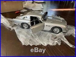 James Bond 007 Aston Martin DB5 18 Scale EAGLEMOSS Complete Works Plus 1/6 Figs