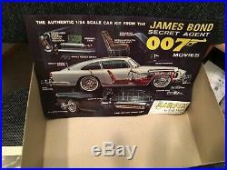 James Bond 007 Aston Martin DB5 Airfix Craftmaster Model Kit, 1/24 Scale