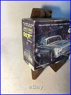 James Bond 007 Aston Martin DB5 Airfix Craftmaster Model Kit, 1/24 Scale UNBUILT