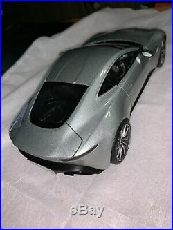 James Bond 007 Spectre Aston Martin DB10 Hot Wheels Elite 118 Scale
