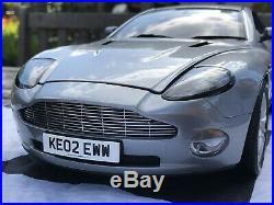 James Bond 112 Scale Aston Martin Vanquish Kyosho 007