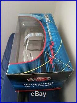 James Bond Aston Martin V12 Vanquish Diecast car 1/18 scale