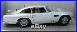 Sunstar 1/18 Scale Diecast 1005 Aston Martin DB5 1963 Silver 007 Plates